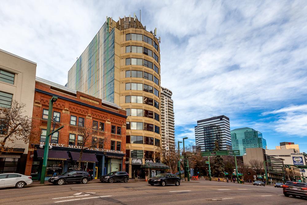 10106 105 Street 501, Edmonton, AB T5J 5E7