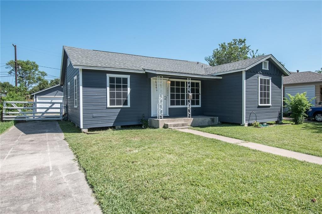 1026 Chamberlain St, Corpus Christi, TX 78404