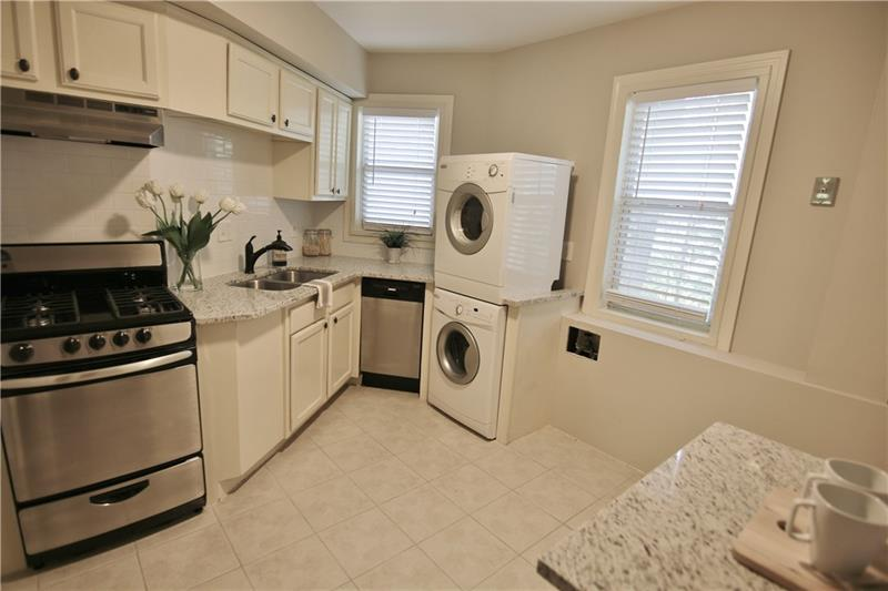 2477  Decatur Road 4 Decatur 30033 Emory Heights Listing # 5672784