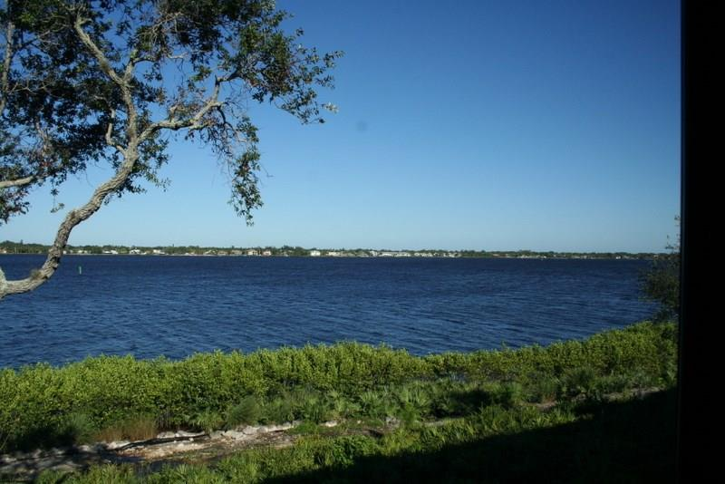 2540 NW Seagrass Drive 4A, Palm City, FL 34990