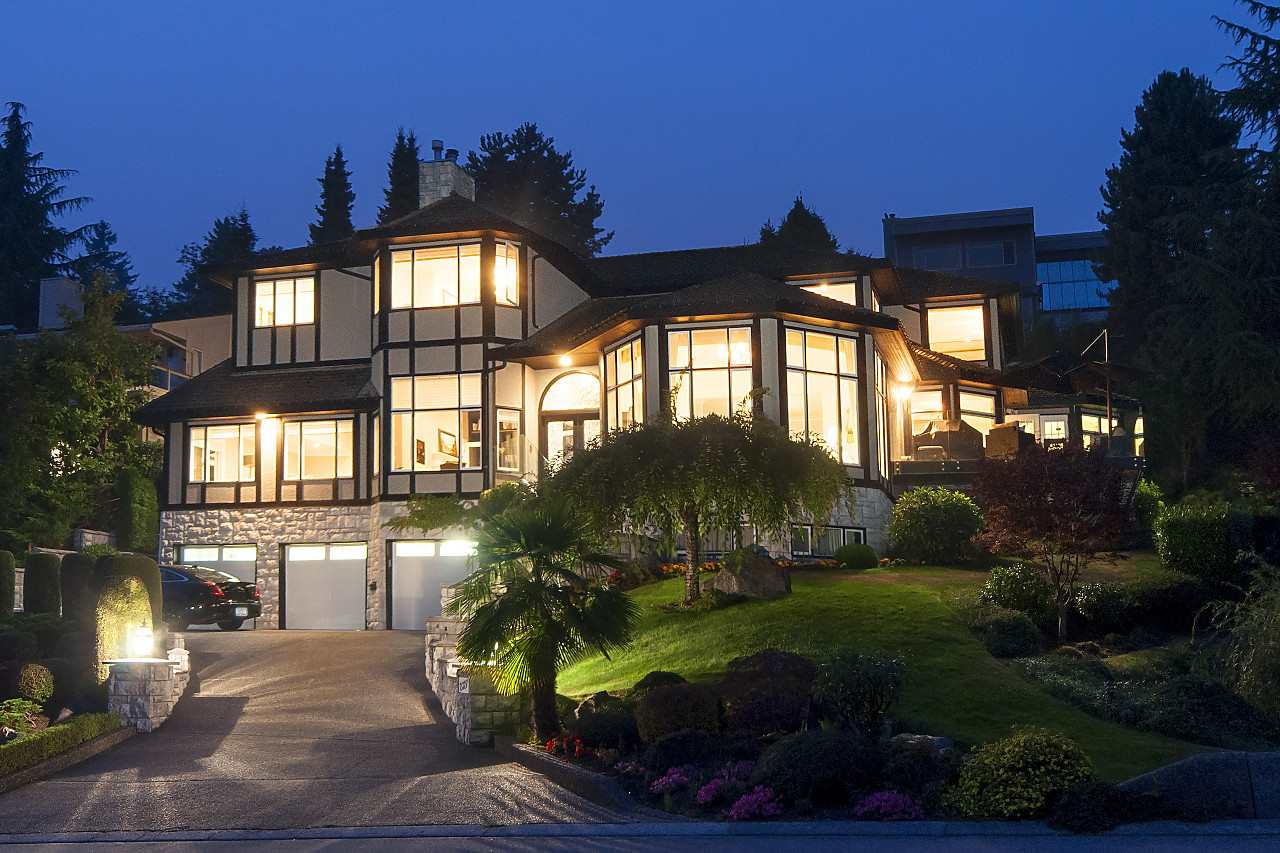 2327 WESTHILL DRIVE, West Vancouver, BC V7S 2Z2