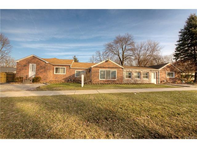21620 MIDDLEBELT RD, Farmington Hills, MI 48336