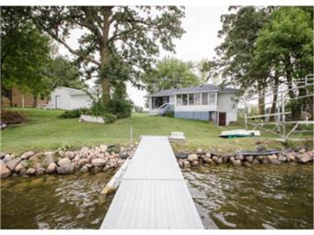 11706 Hollister Avenue NW, Annandale, MN 55302