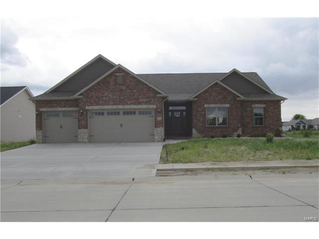211 Ellington Court, Glen Carbon, IL 62034