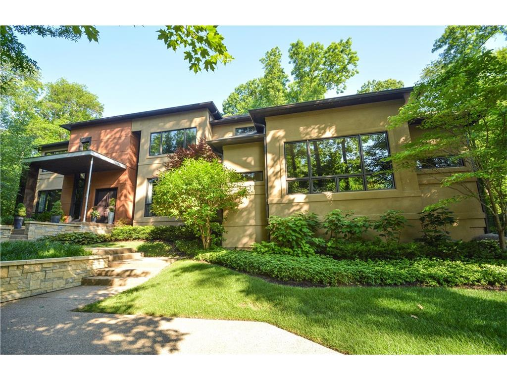 11548 Willow Springs Drive, Zionsville, IN 46077