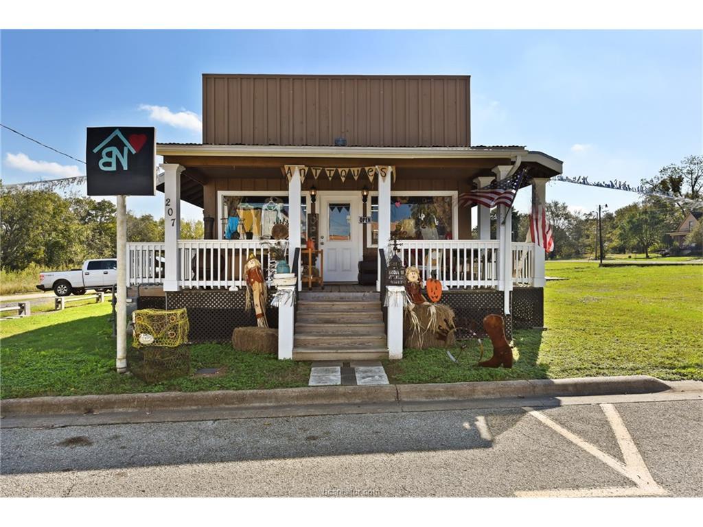 207 W Mustang Street, Caldwell, TX 77836