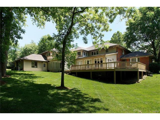 12995 Fiddle Creek Lane, Town and Country, MO 63131