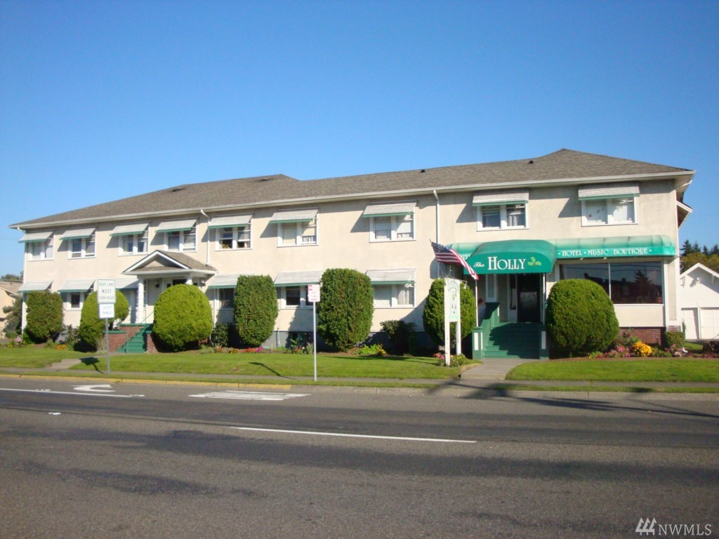 423 2nd St NE, Puyallup, WA 98372