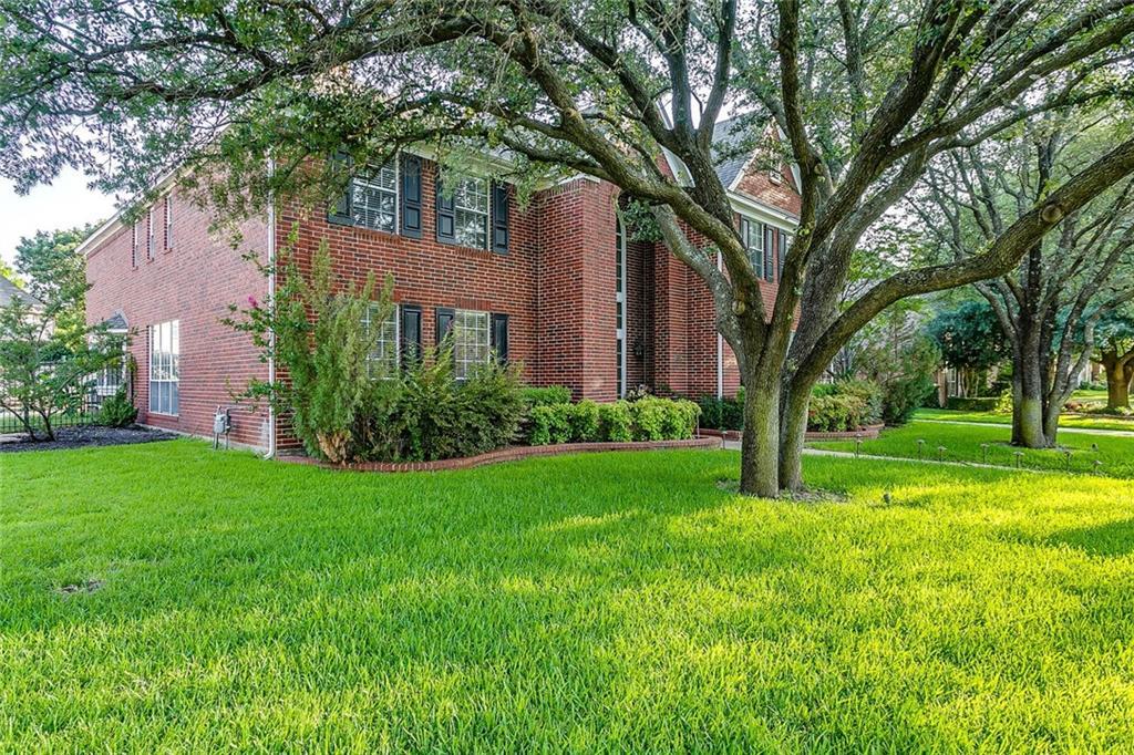 6817 Savannah Lane, Fort Worth, TX 76132
