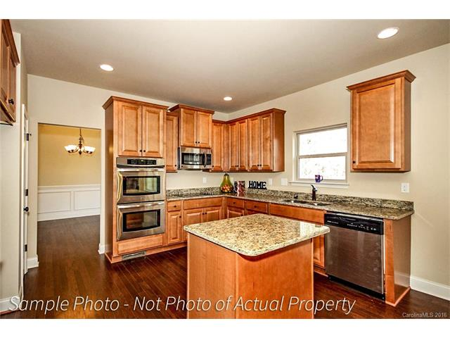 105 Trent Pines Drive, Mooresville, NC 28117