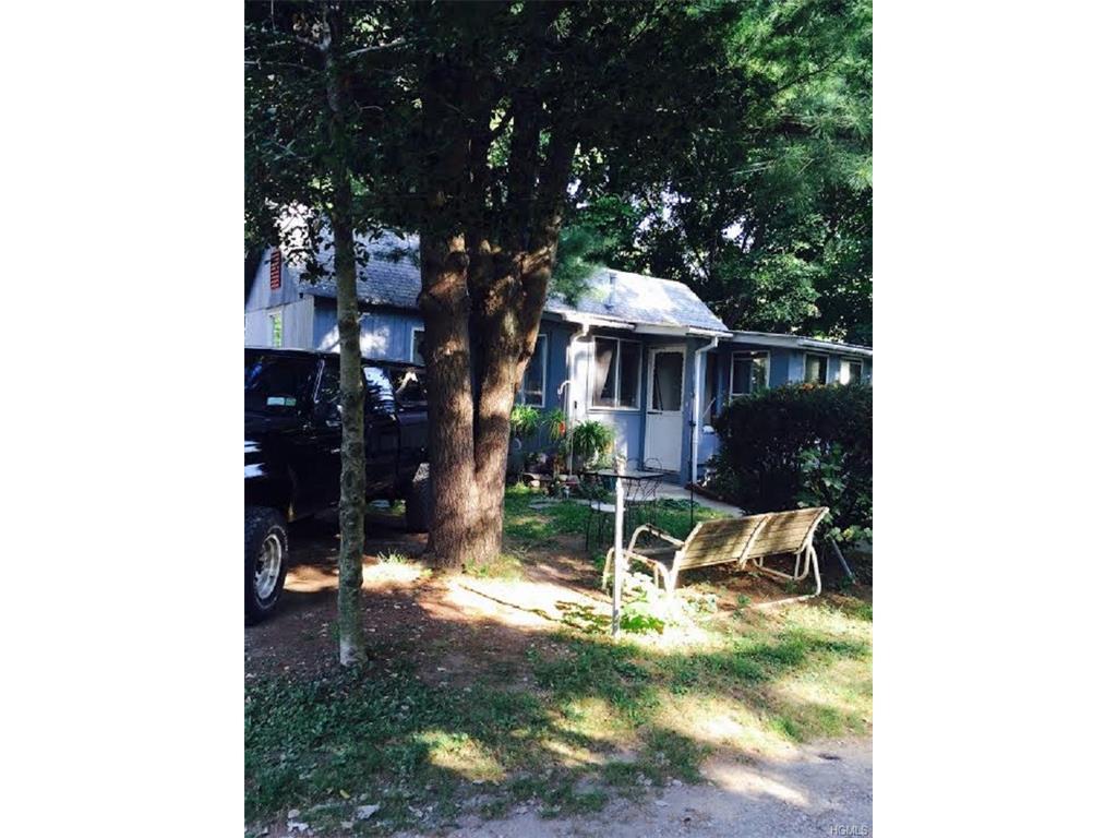 1 Fredericks Road, Greenwood Lake, NY 10925