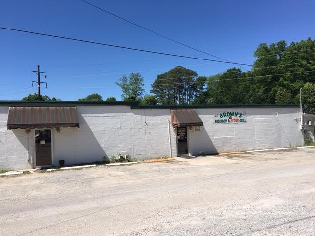 203 Sycamore St N, Cowan, TN 37318