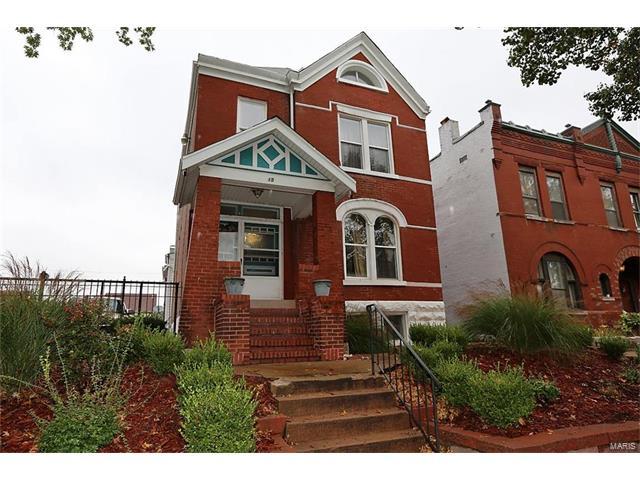 2815 Henrietta Place, St Louis, MO 63104