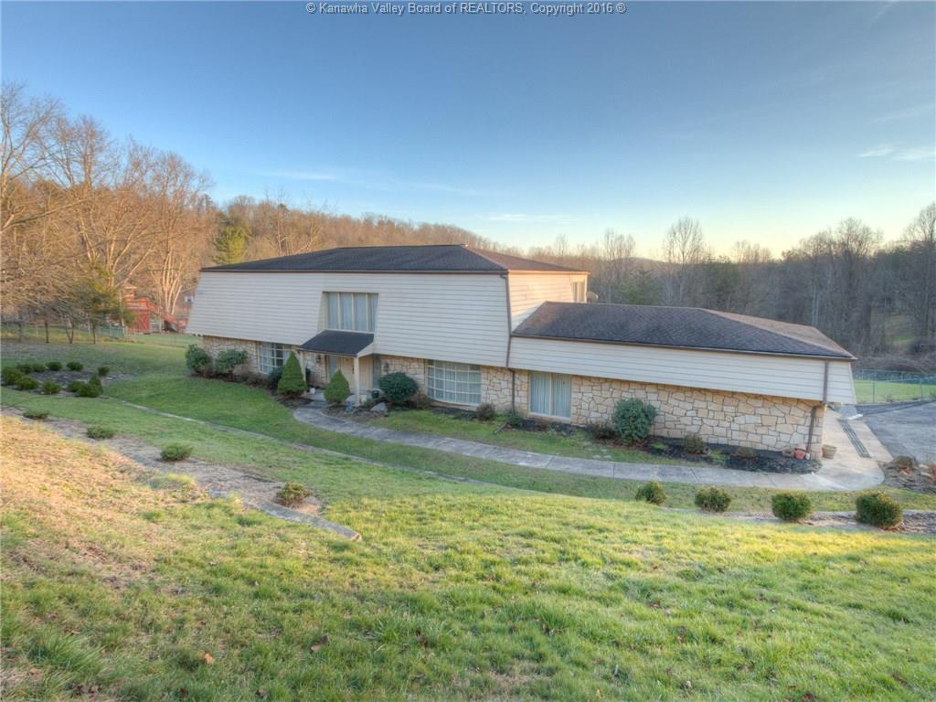 2000 Smith Road, Charleston, WV 25314