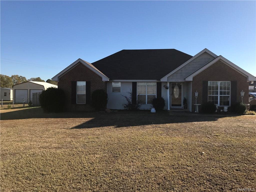 528 E County Road 40 Road, Deatsville, AL 36022