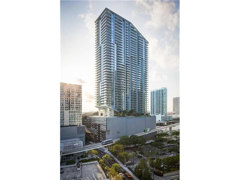 68 SE 6 St 1602, Miami, FL 33131