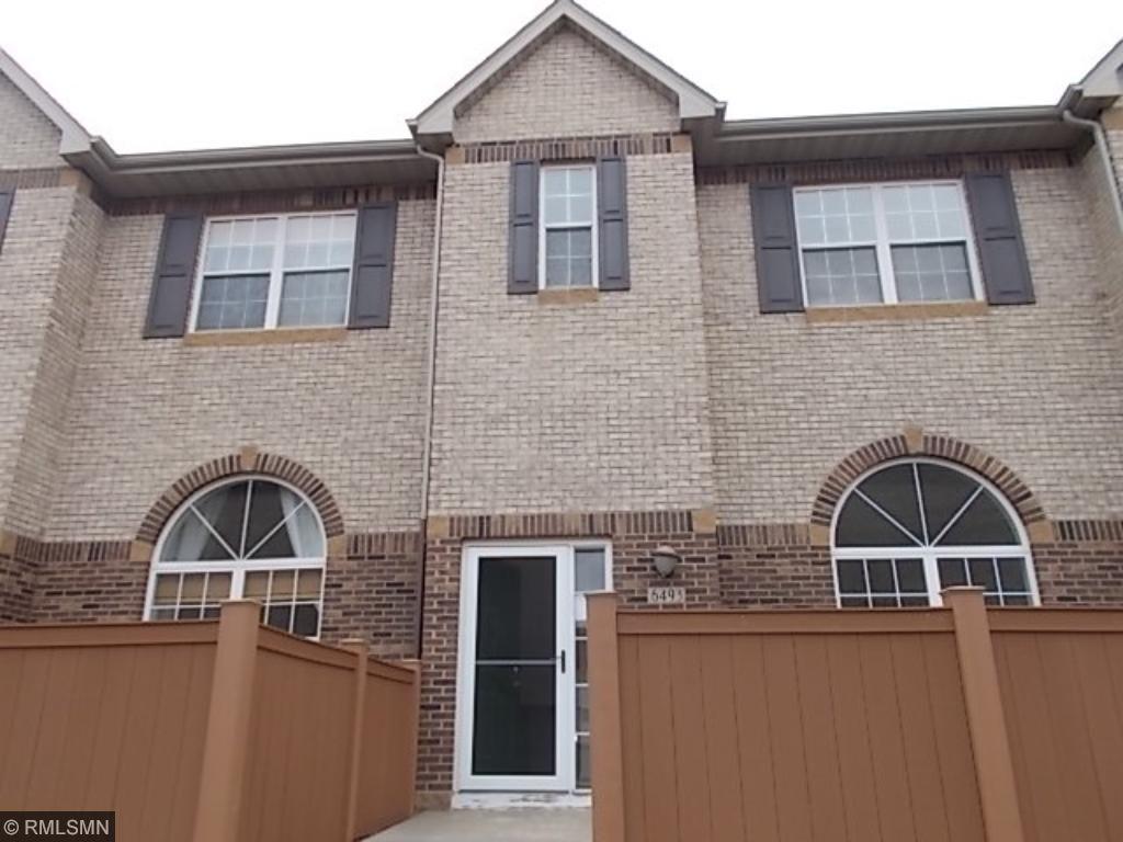 6493 Regency Lane, Eden Prairie, MN 55344