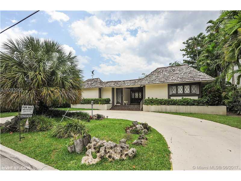 9961 E Broadview Dr, Bay Harbor Islands, FL 33154