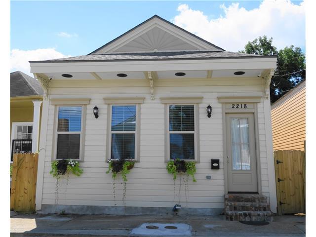 2218 S ROBERTSON Street, New Orleans, LA 70113