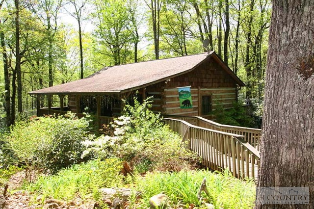 Boone nc log cabins 250 000 299 999 for Boone cabins for sale