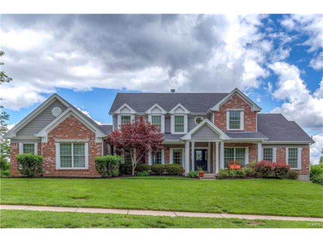 17626 Lisa Valley Court, Chesterfield, MO 63005