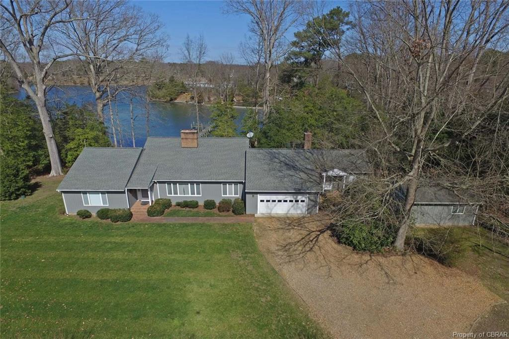 230 James Cove Landing, White Stone, VA 22578