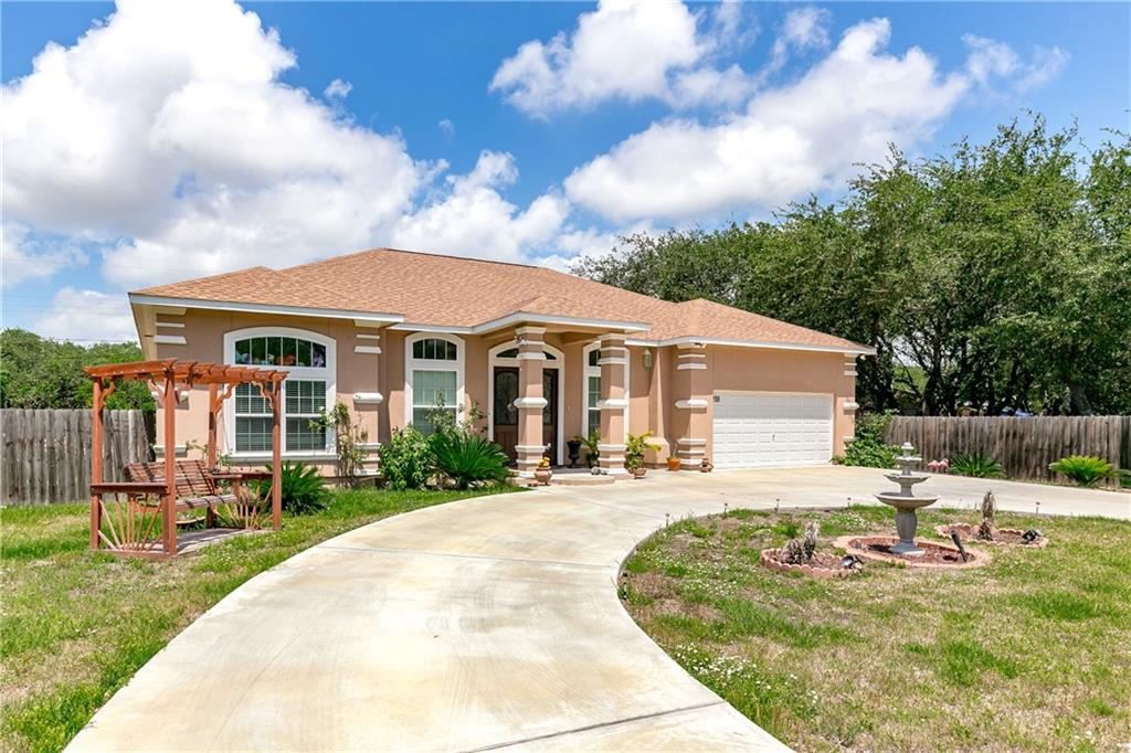 209 Winding Way, Rockport, TX 78382