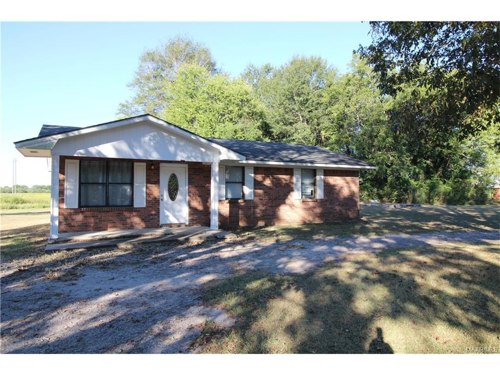 Get more for your money! This 3 Bedroom, 1 Bath home in Tallassee is listed at $74,000. Contact an agent to schedule your personal tour!