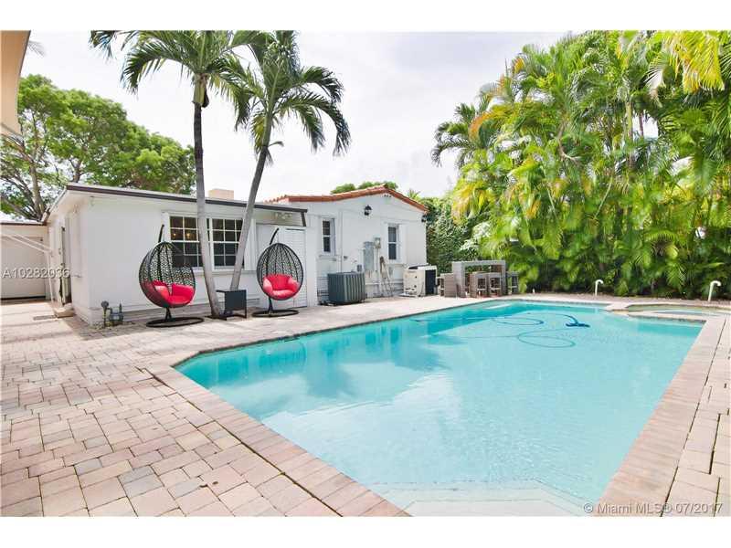 2360 Alton Rd, Miami Beach, FL 33140