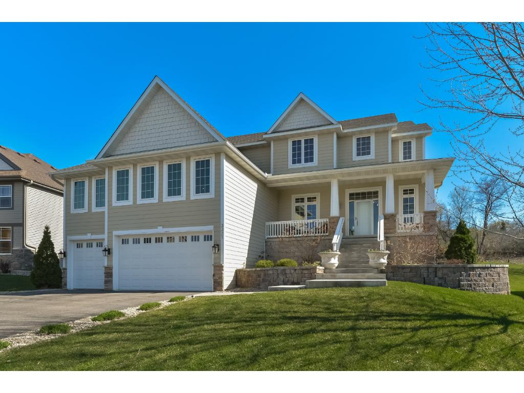 3321 Willie Drive, Burnsville, MN 55337