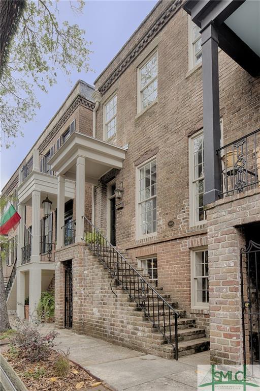 220 E Taylor Street, Savannah, GA 31401