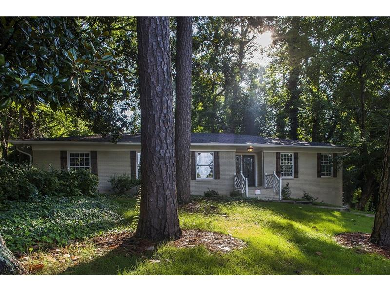 1585 NW Peachtree Battle Avenue, Atlanta, GA 30327