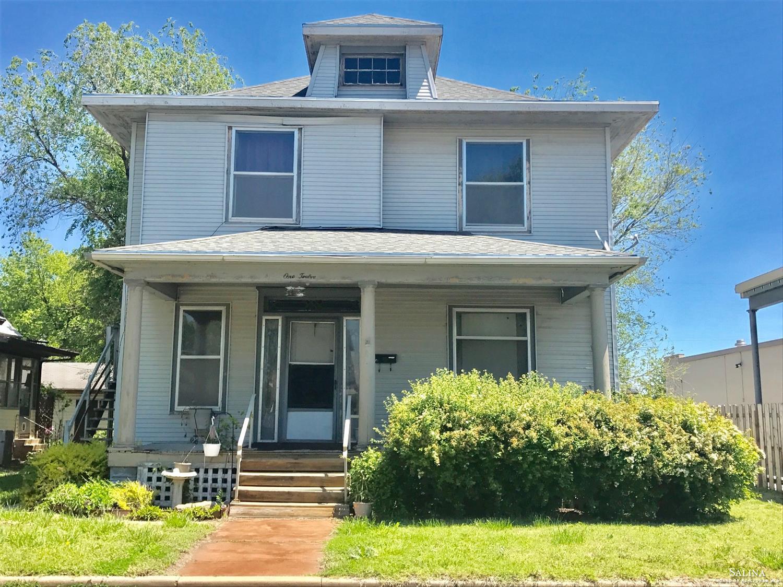 112 N 2nd Street, Salina, KS 67401
