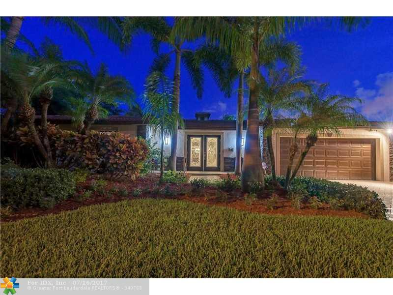 2220 SE 13th St, Pompano Beach, FL 33062