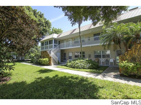 641 Periwinkle Way B2, Sanibel, FL 33957