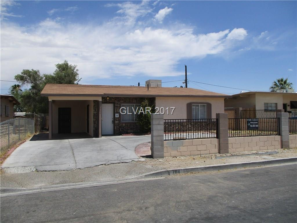 3 bedroom 2 bath Fresh paint,Tile thru out, with office at rear of home
