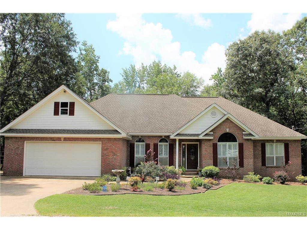 105 Shady Oak Trail, Deatsville, AL 36022