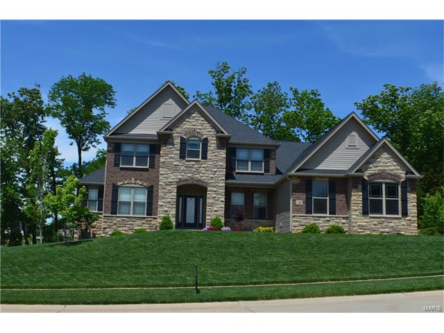 144 Woodspur Drive, Wentzville, MO 63385
