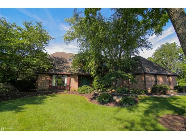 1558 Surrey Road, Lower Saucon Twp, PA 18015