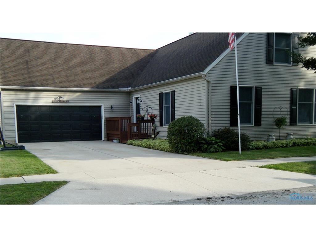 112 Cherry Street, Pemberville, OH 43450