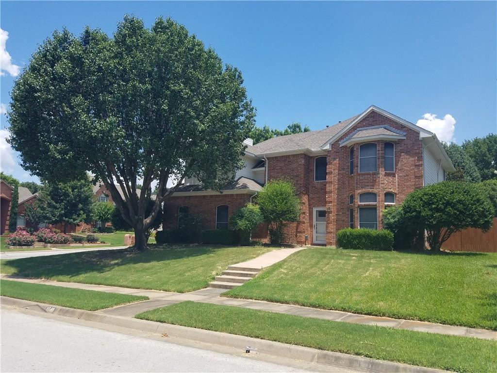 1040 Woodbriar Drive, Grapevine, TX 76051