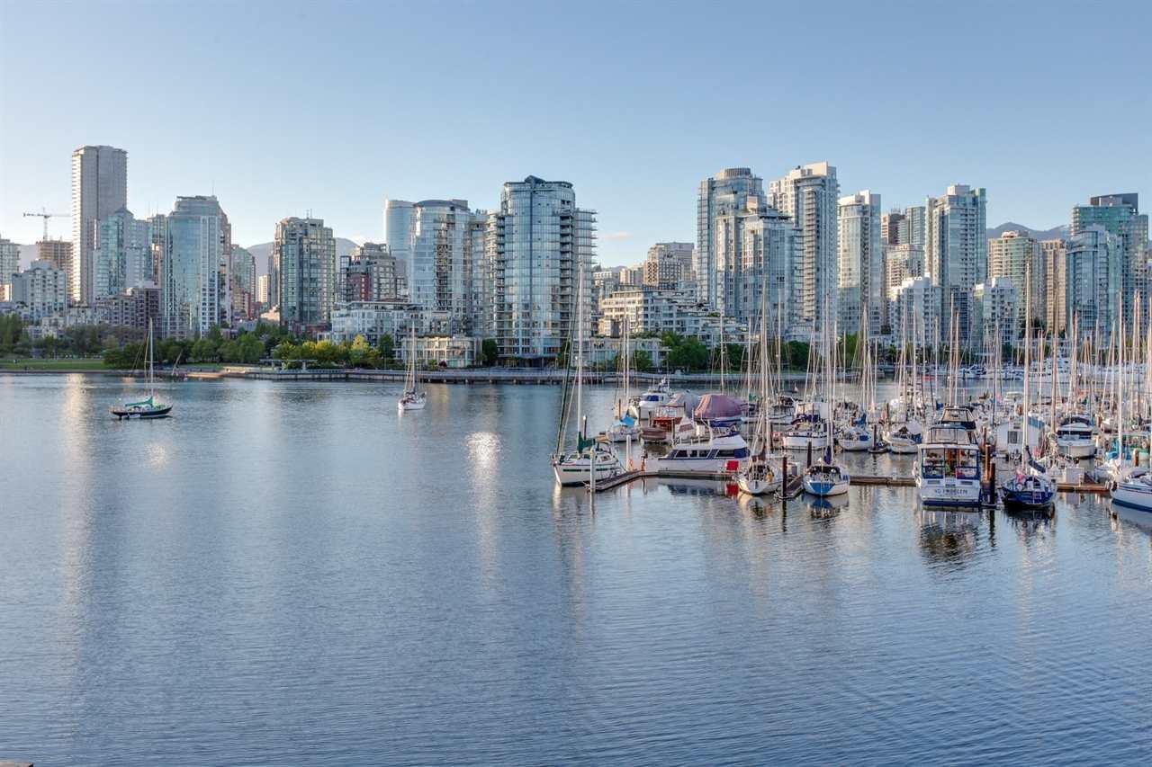 774 MILLBANK, Vancouver, BC V5Z 3Z3