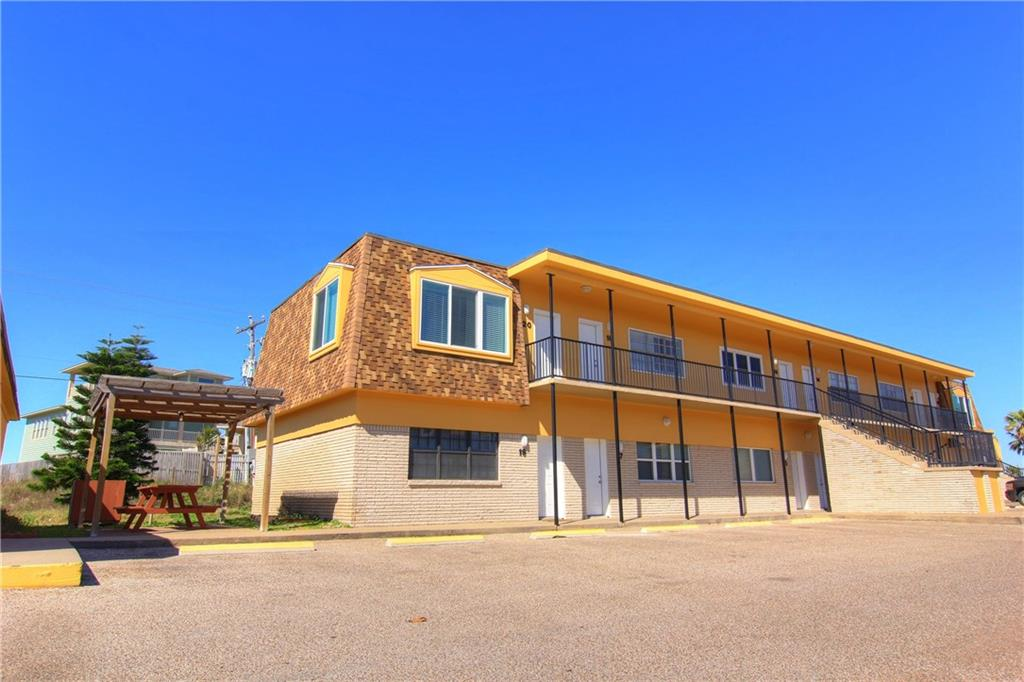 700 Island Retreat 17, Port Aransas, TX 78373