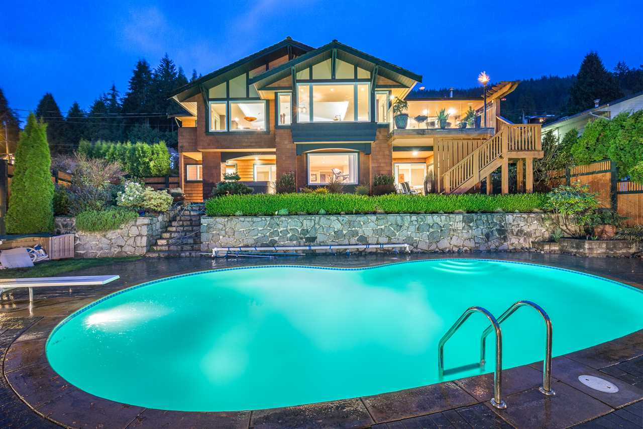 275 NEWDALE COURT, North Vancouver, BC V7N 3H2