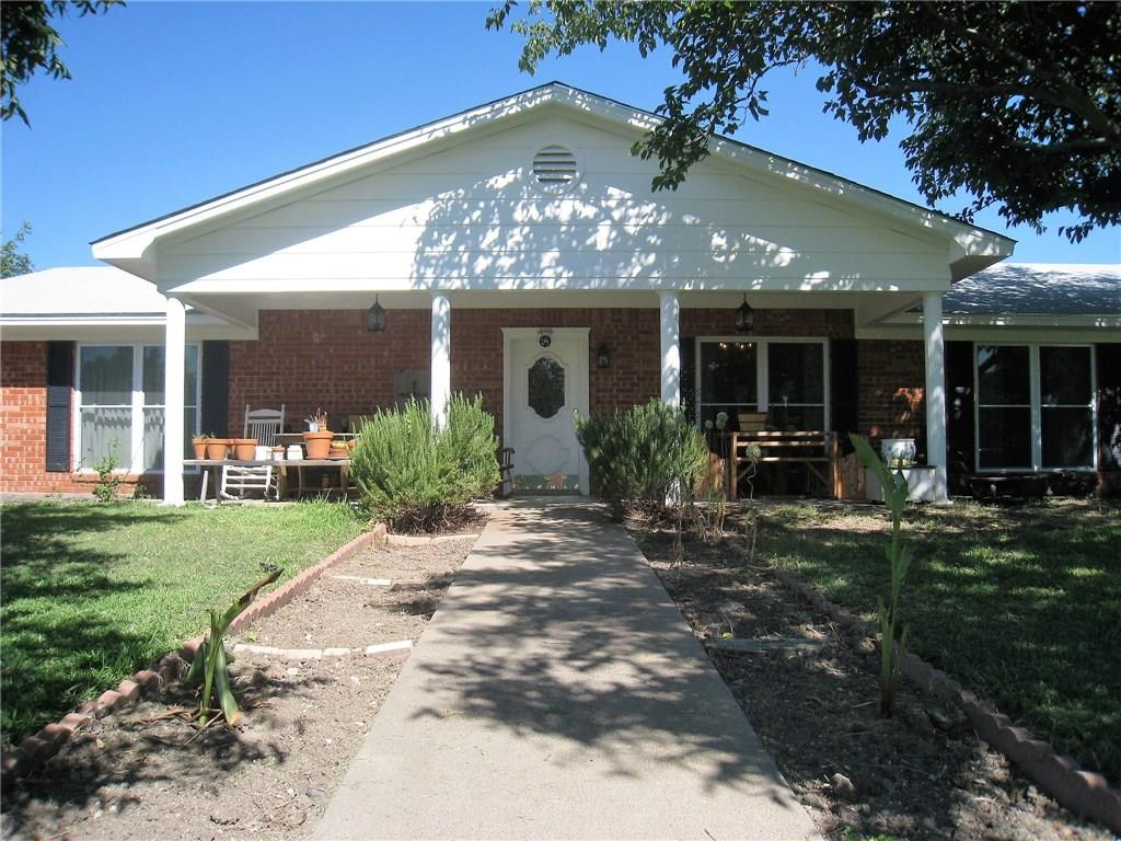 142 County Road 4265, Clifton, TX 76634
