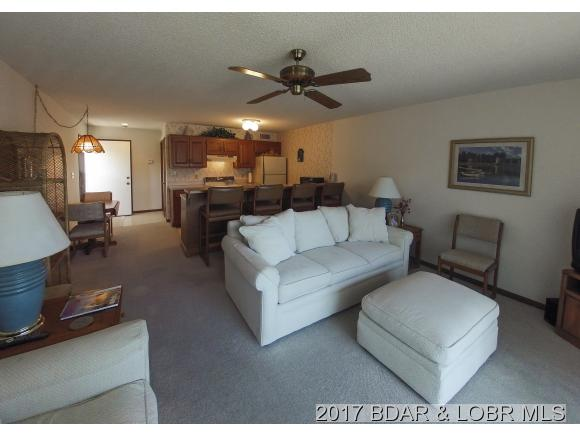 1552 Harbor Point Drive E, Osage Beach, MO 65065