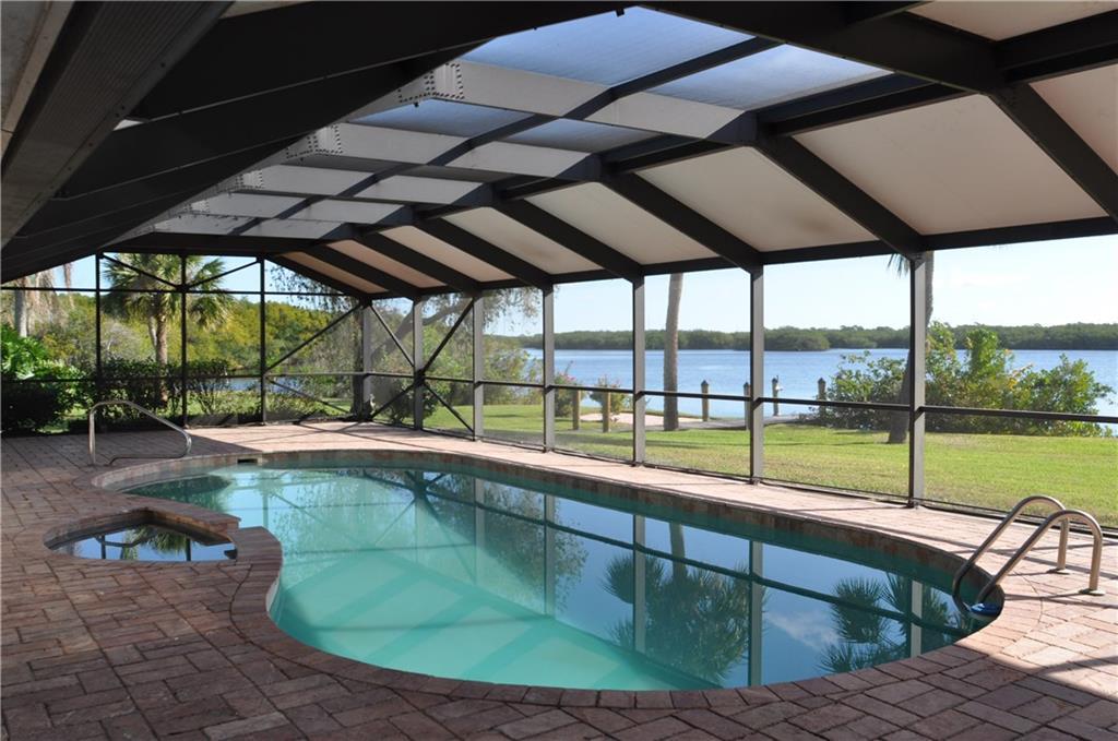 681 SE Norseman Drive, Port Saint Lucie, FL 34953