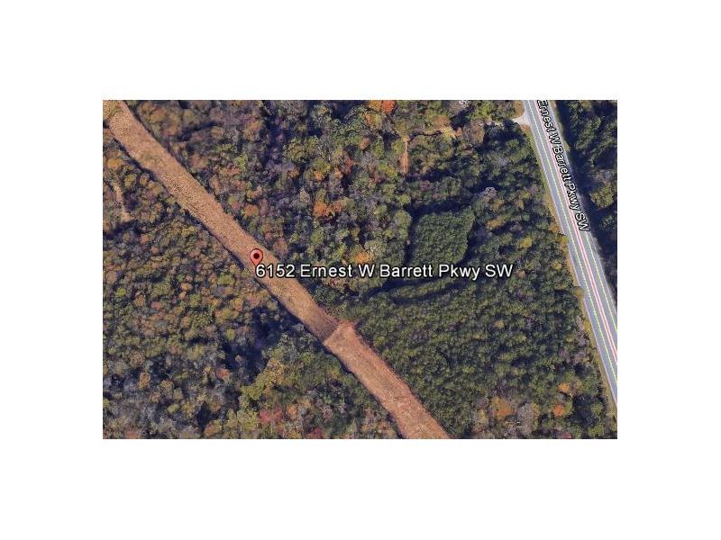 6152 SW Ernest Barrett Parkway, Marietta, GA 30064