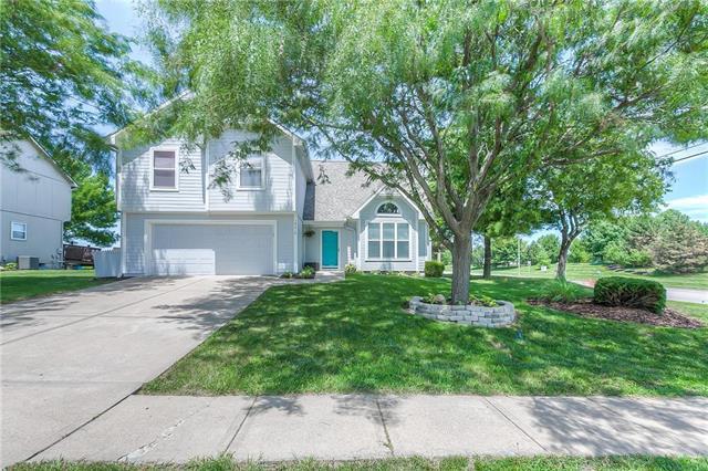 18310 W 160th Terrace, Olathe, KS 66062