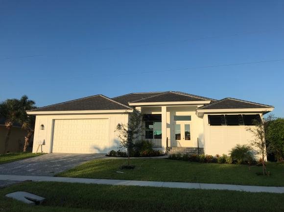 190 BEACHCOMBER, MARCO ISLAND, FL 34145